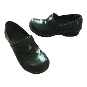 Dansko Shoes 6.5 M W Black Shiny Clogs